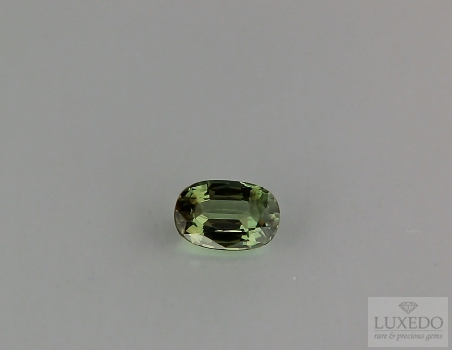 Alexandrite, oval cut, 0.97 ct