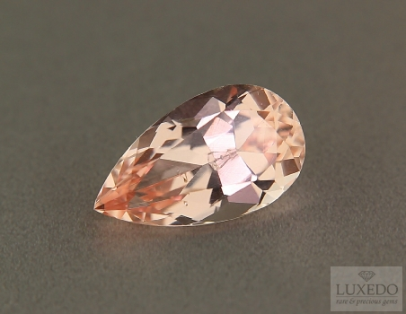 Morganite, drop cut, 6.41 ct