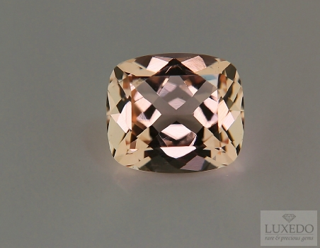 Morganite, cushion cut, 6.72 ct