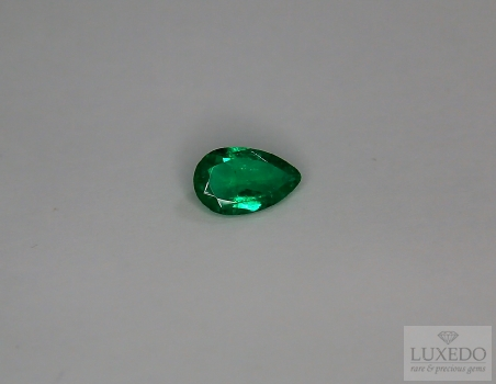 Emerald, drop cut, 0.46 ct