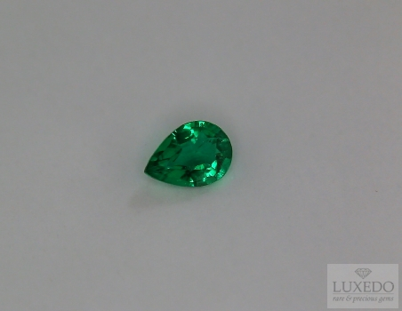Emerald, drop cut, 0.54 ct