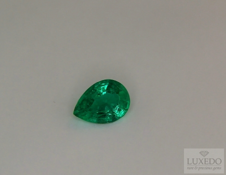 Emerald, drop cut, 0.91 ct