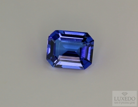 Octagonal cut tanzanite, 4.64 ct.