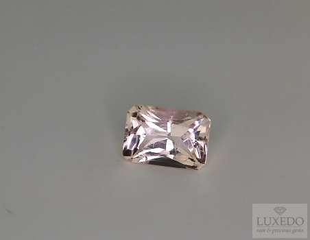Octagonal cut morganite, 1.86 ct.
