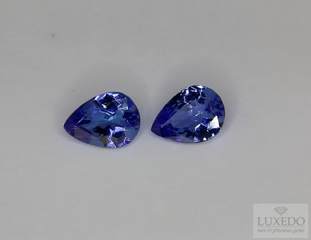 Pair of Tanzanites, drop cut, 1.99 ct tot.