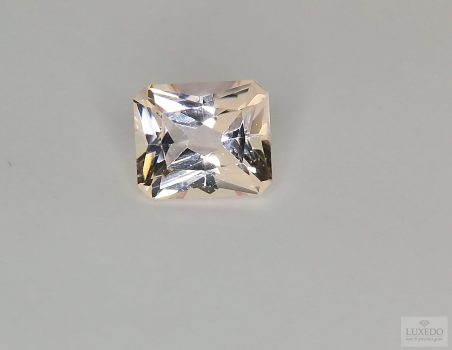 Morganite octagonal cut, 2.90 ct