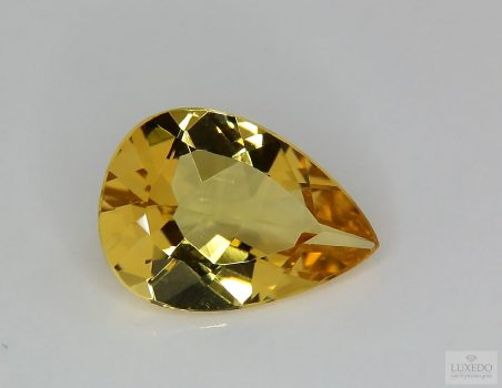 Citrine Quartz, drop cut, 8.86 ct