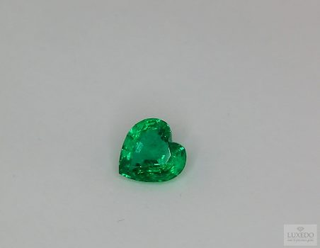 Emerald, heart cut, 0.86 ct