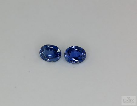 Pair of Blue Sapphires, 1.05 ct tot.