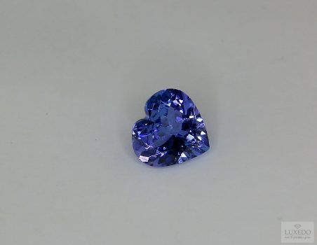 Tanzanite, heart cut, 1.53 ct