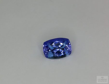 Tanzanite, cushion cut, 1.64 ct