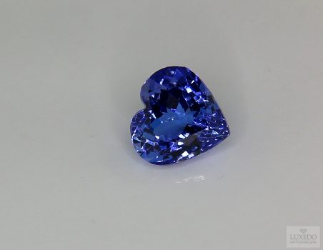 Tanzanite, heart cut, 3.73