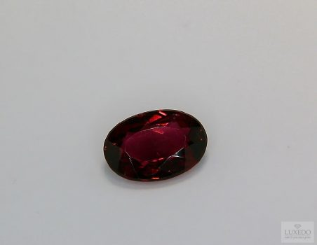 Red Tourmaline, oval cut, 1.98 ct