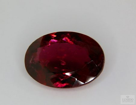 Red Tourmaline, oval cut, 12.64 ct
