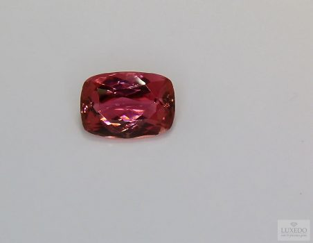 Red Tourmaline, cushion cut, 2.14 ct