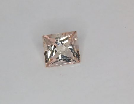 Morganite, rectangular cut, 2.13 ct