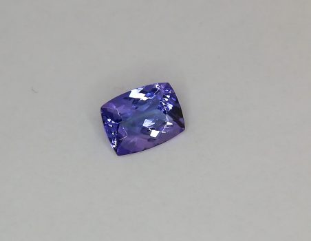 Tanzanite, cushion cut, 1.34 ct