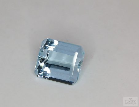 Aquamarine, octagon cut, 4.15 ct