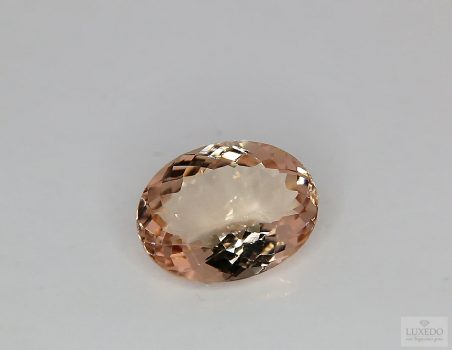 Morganite, oval cut, 5.06 ct