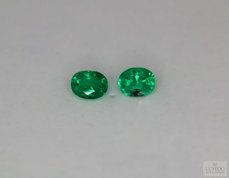 Pair of Colombian Emeralds, oval cut, 0.79 ct tot.