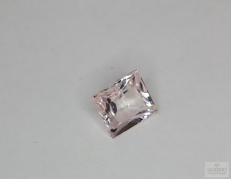 Morganite, rectangular cut, 2.01 ct