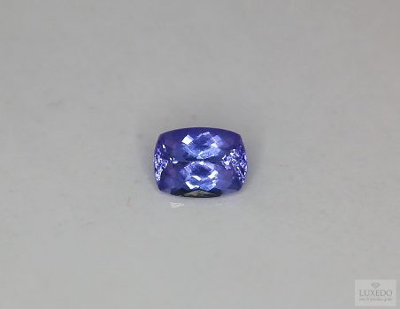 Tanzanite, cushion cut, 1.49 ct