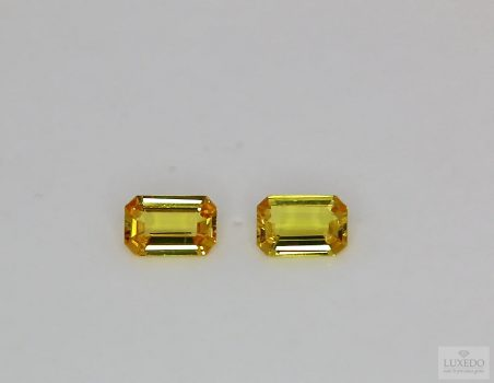 Pair of Yellow Sapphires, octagon cut, 1.26 ct tot.