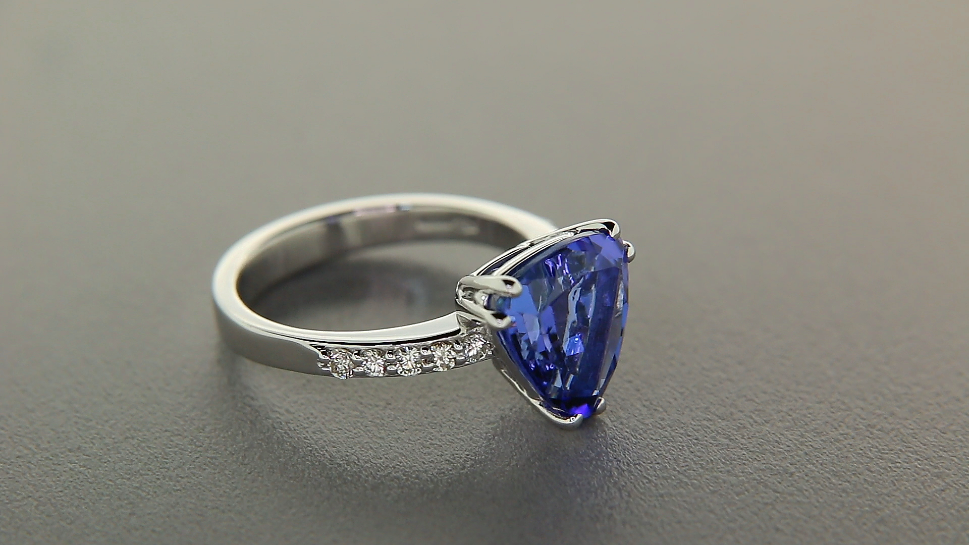 inspirational wedding tanzanite ring trillion split shank of cut