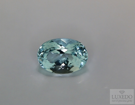 Aquamarine, oval cut, 2.68 ct