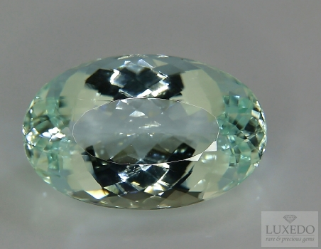 Aquamarine, oval cut, 14.34 ct