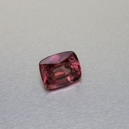 Cushion-cut red spinel, 2.63 ct