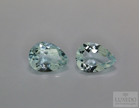 Pair of Aquamarines, drop cut, 1.96 ct tot.