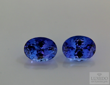 Pair of Tanzanites, oval  cut, 6.79 ct